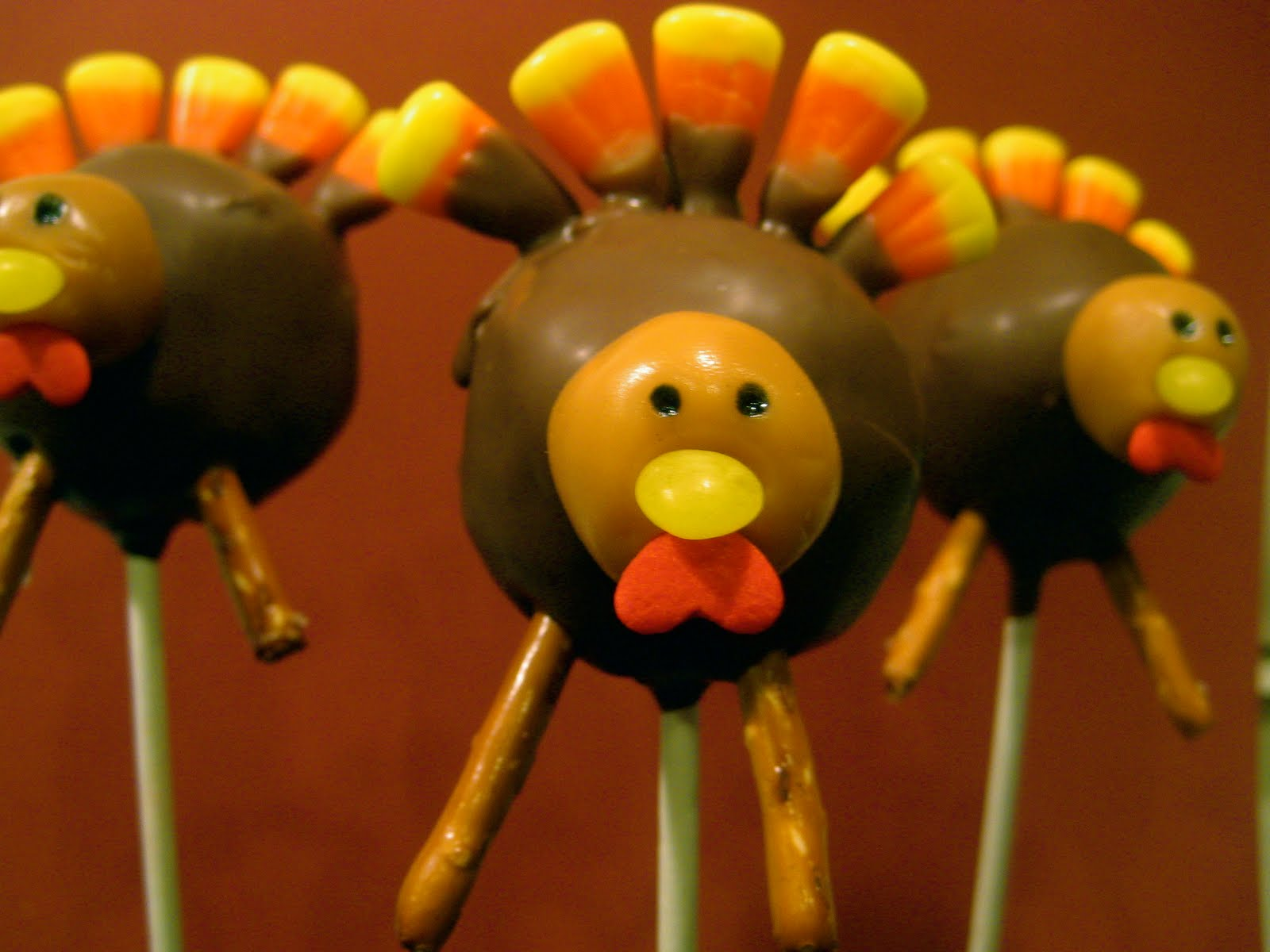 Images Of Turkey Cake Pops : Thanksgiving Cakes   Decoration Ideas Little Birthday Cakes
