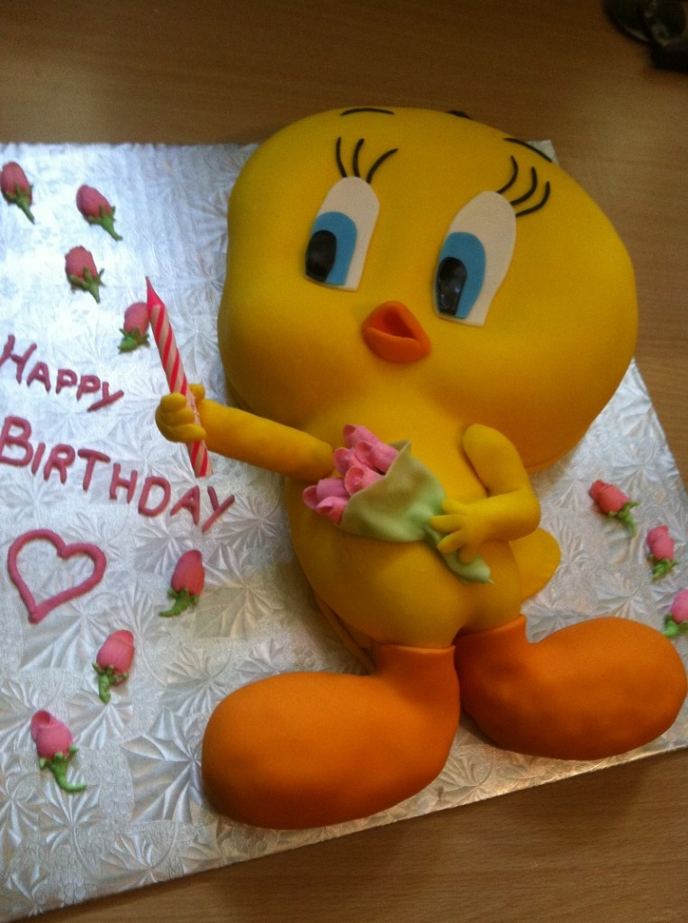 Tweety Bird Cakes Decoration Ideas Little Birthday Cakes