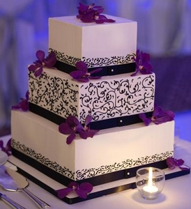 black and purple wedding cakes