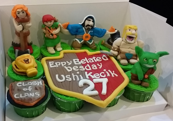 clash of clan cup cake