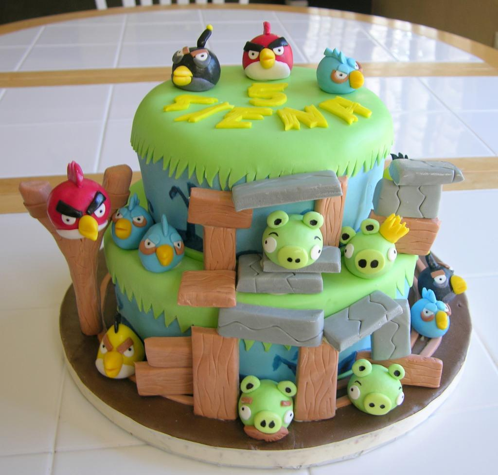 Angry Bird Birthday Cakes