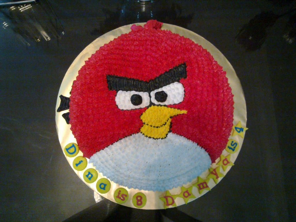 Angry Birds Cake Image