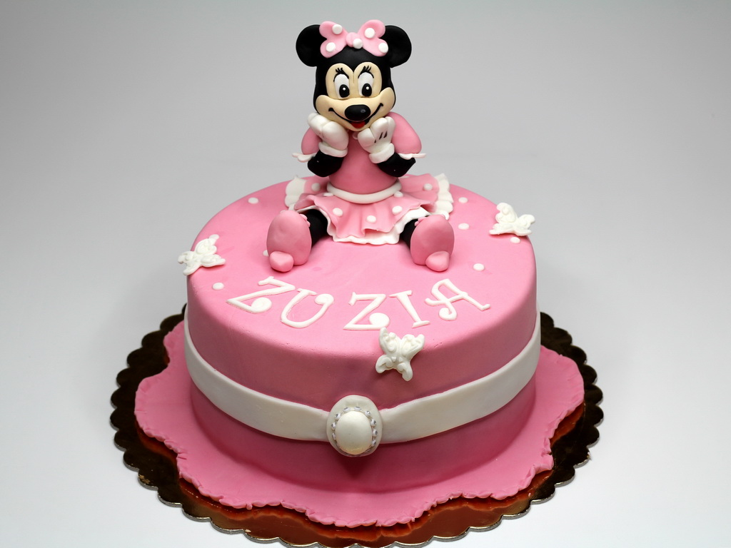 Baby Minnie Mouse Cakes