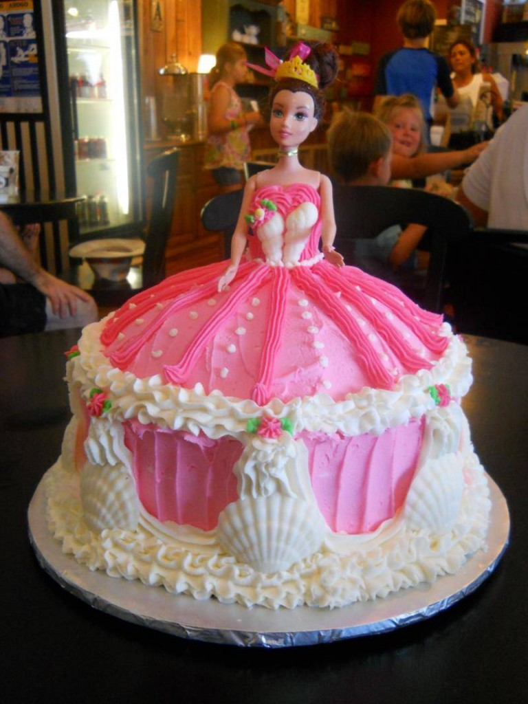 Barbie Wedding Cake
