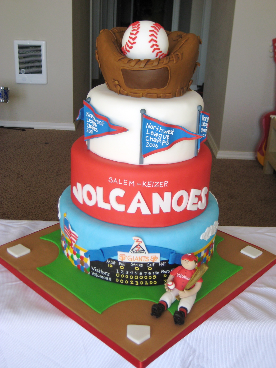 Sensational Baseball Cakes Decoration Ideas Little Birthday Cakes Personalised Birthday Cards Paralily Jamesorg