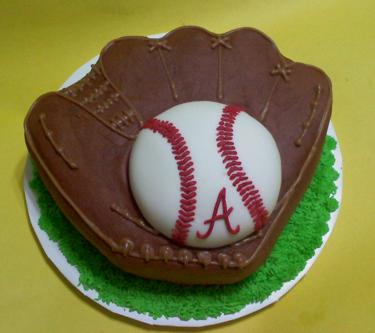 Peachy Baseball Cakes Decoration Ideas Little Birthday Cakes Personalised Birthday Cards Epsylily Jamesorg