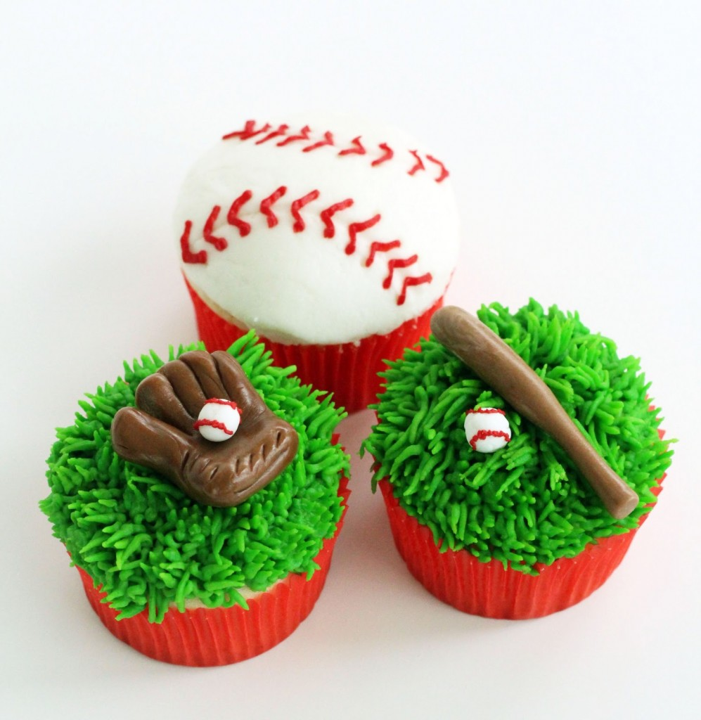 Baseball Cup Cakes