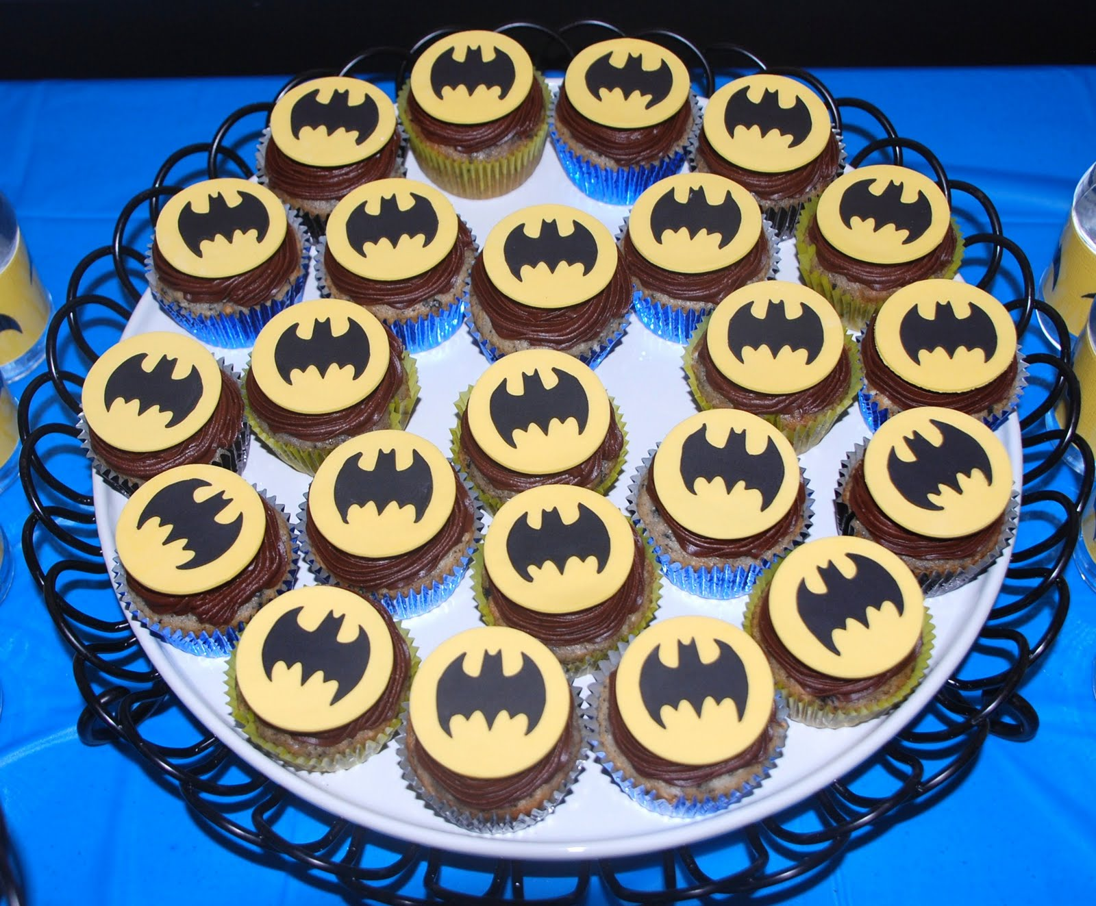 Swell Batman Cakes Decoration Ideas Little Birthday Cakes Personalised Birthday Cards Cominlily Jamesorg
