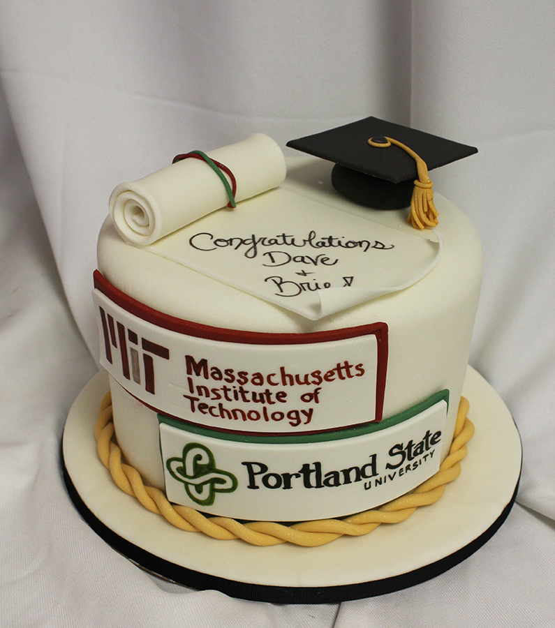 Cakes For Graduation