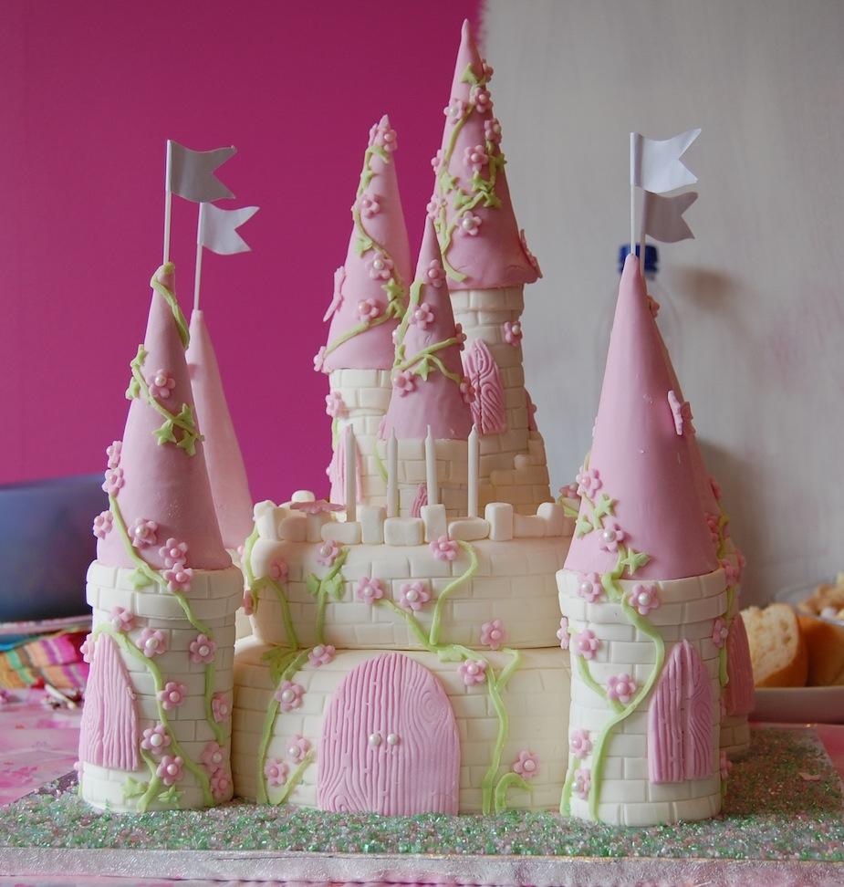 Incredible Castle Cakes Decoration Ideas Little Birthday Cakes Funny Birthday Cards Online Aboleapandamsfinfo