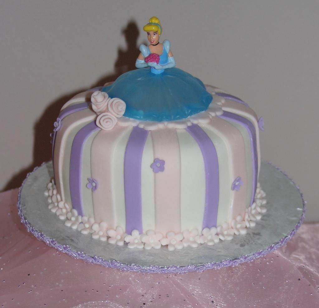 Awesome Cinderella Cakes Decoration Ideas Little Birthday Cakes Personalised Birthday Cards Petedlily Jamesorg