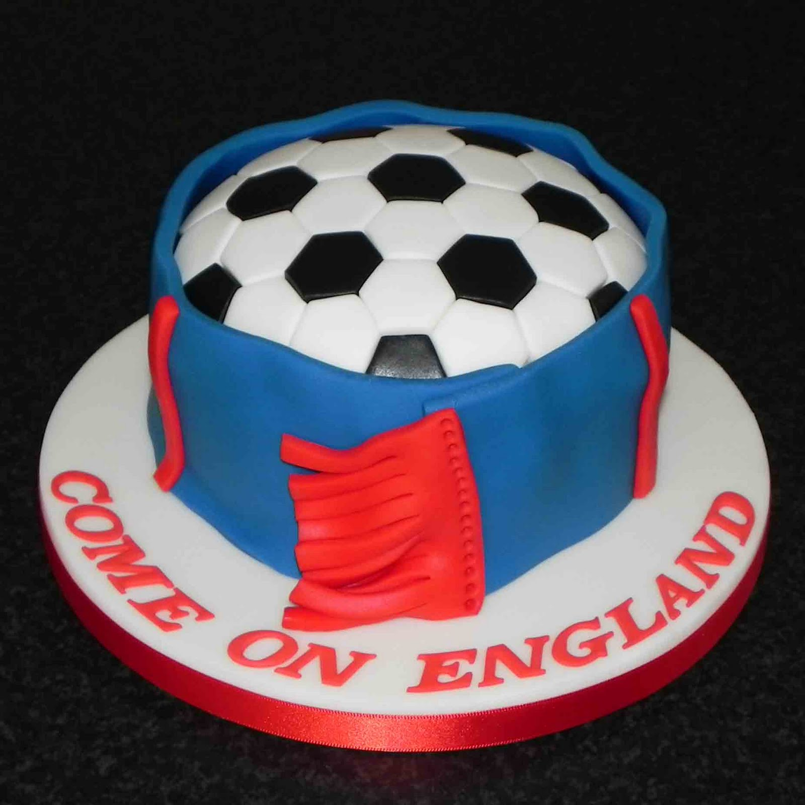 Magnificent Football Cakes Decoration Ideas Little Birthday Cakes Personalised Birthday Cards Paralily Jamesorg