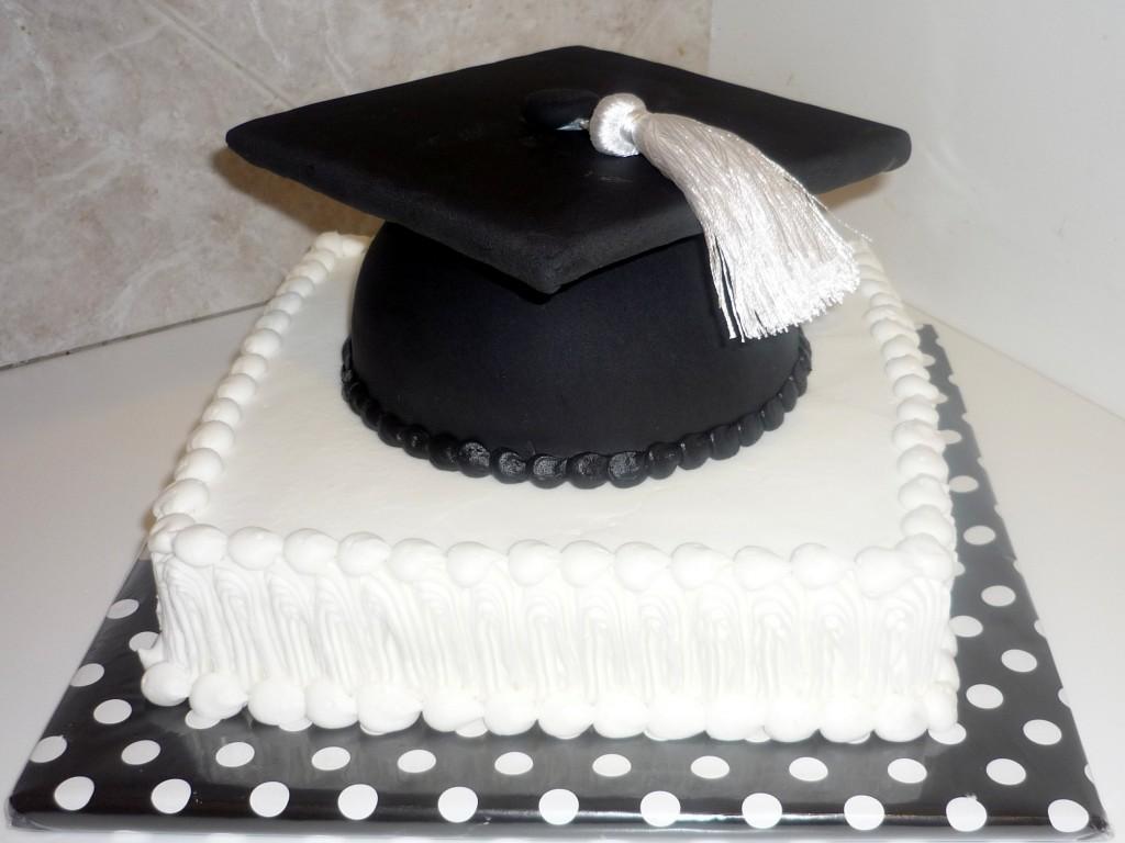 Cute Graduation Cakes