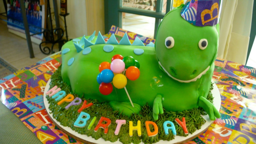Dinosaur Birthday Cake Pictures