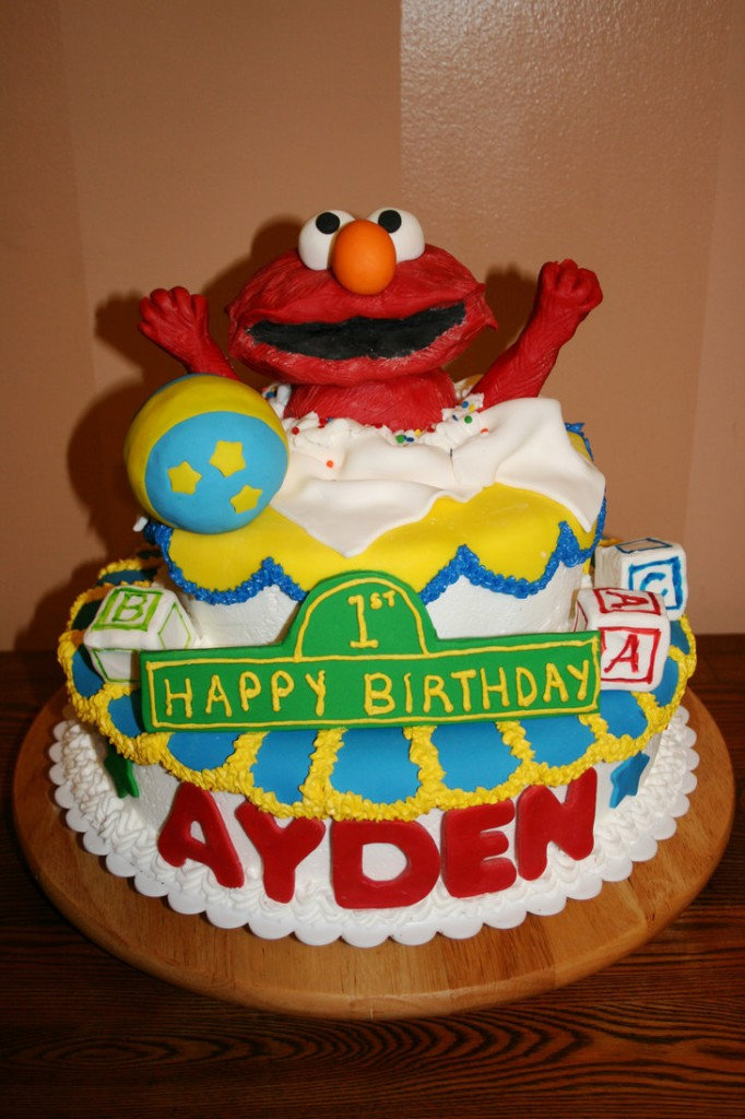Elmo Cake Pictures