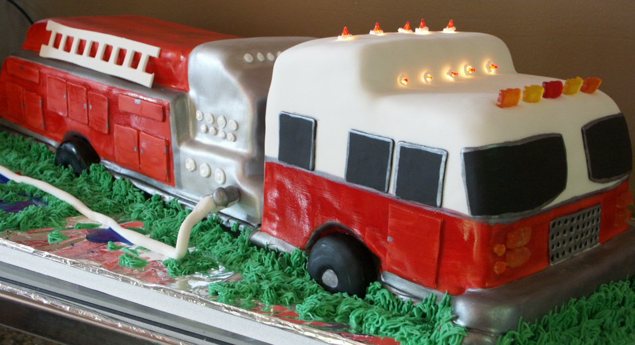 Phenomenal Fire Truck Cakes Decoration Ideas Little Birthday Cakes Personalised Birthday Cards Sponlily Jamesorg