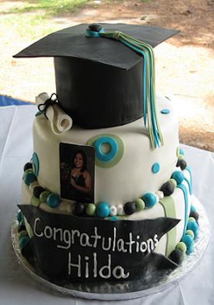 Graduation Cakes Photos