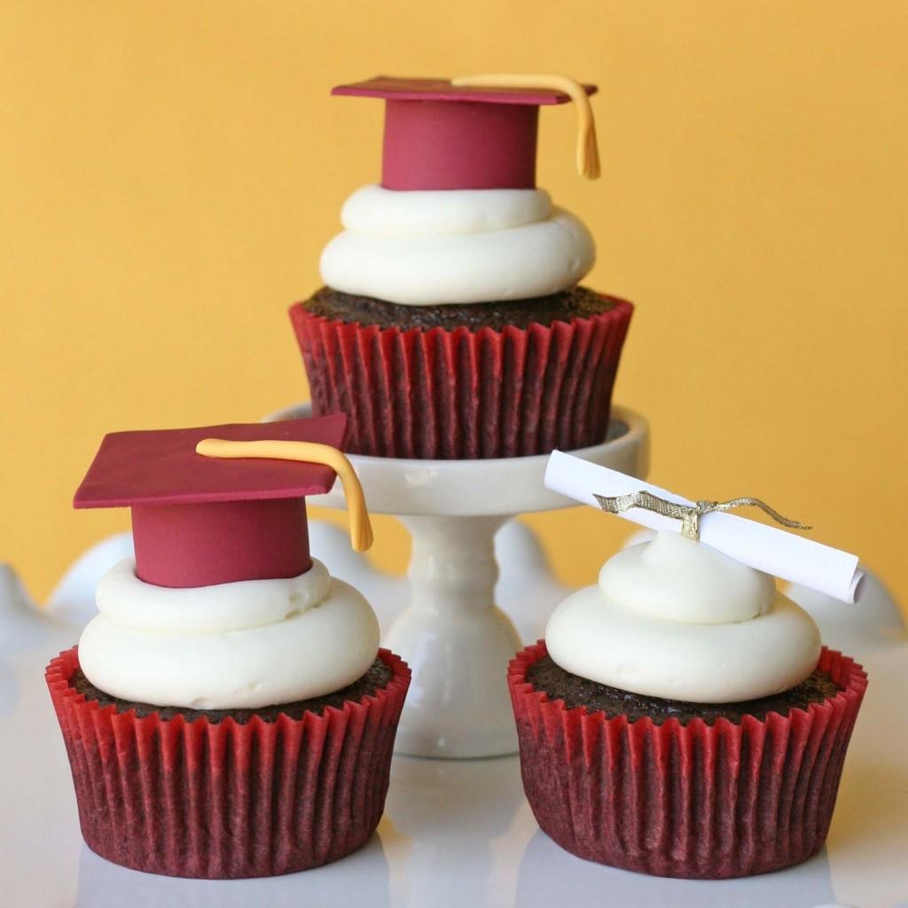 Graduation Cupcake Cakes