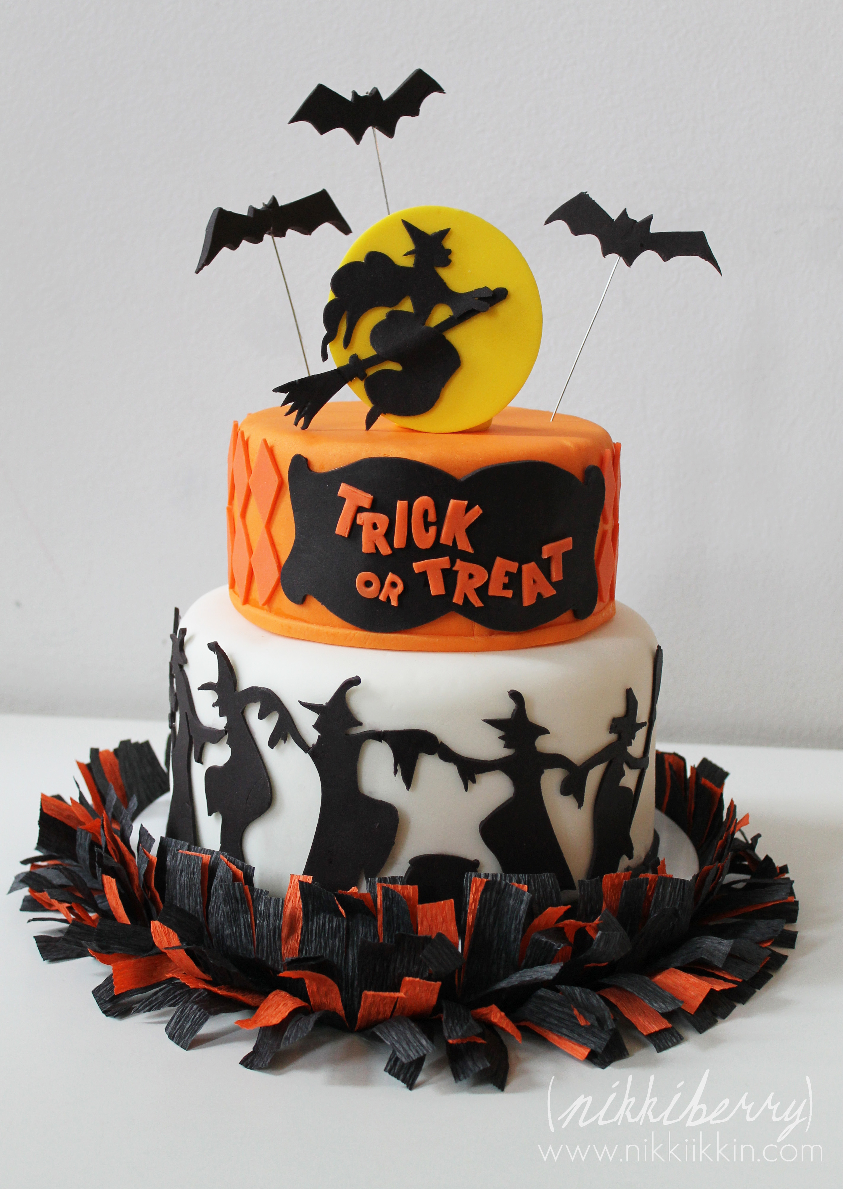 Enjoyable Halloween Cakes Decoration Ideas Little Birthday Cakes Funny Birthday Cards Online Barepcheapnameinfo