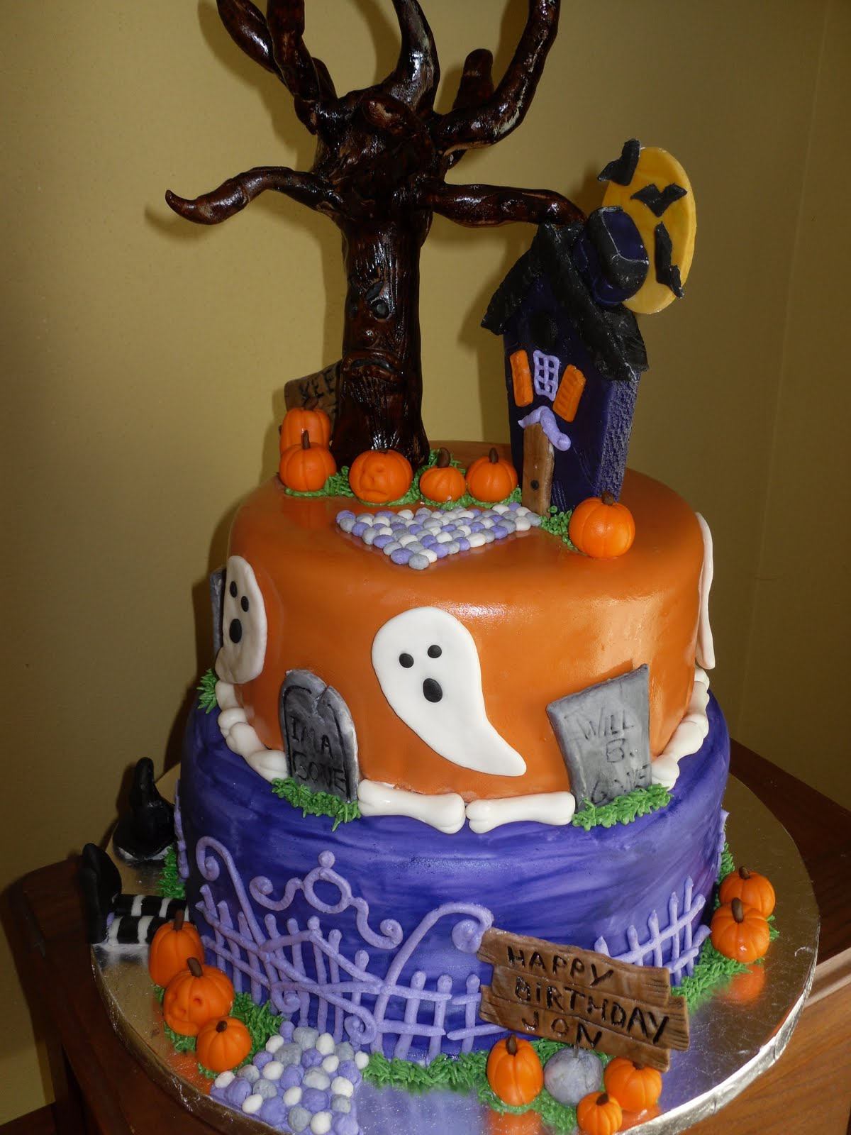 Halloween Cupcakes Toppers: Halloween Cakes – Decoration Ideas