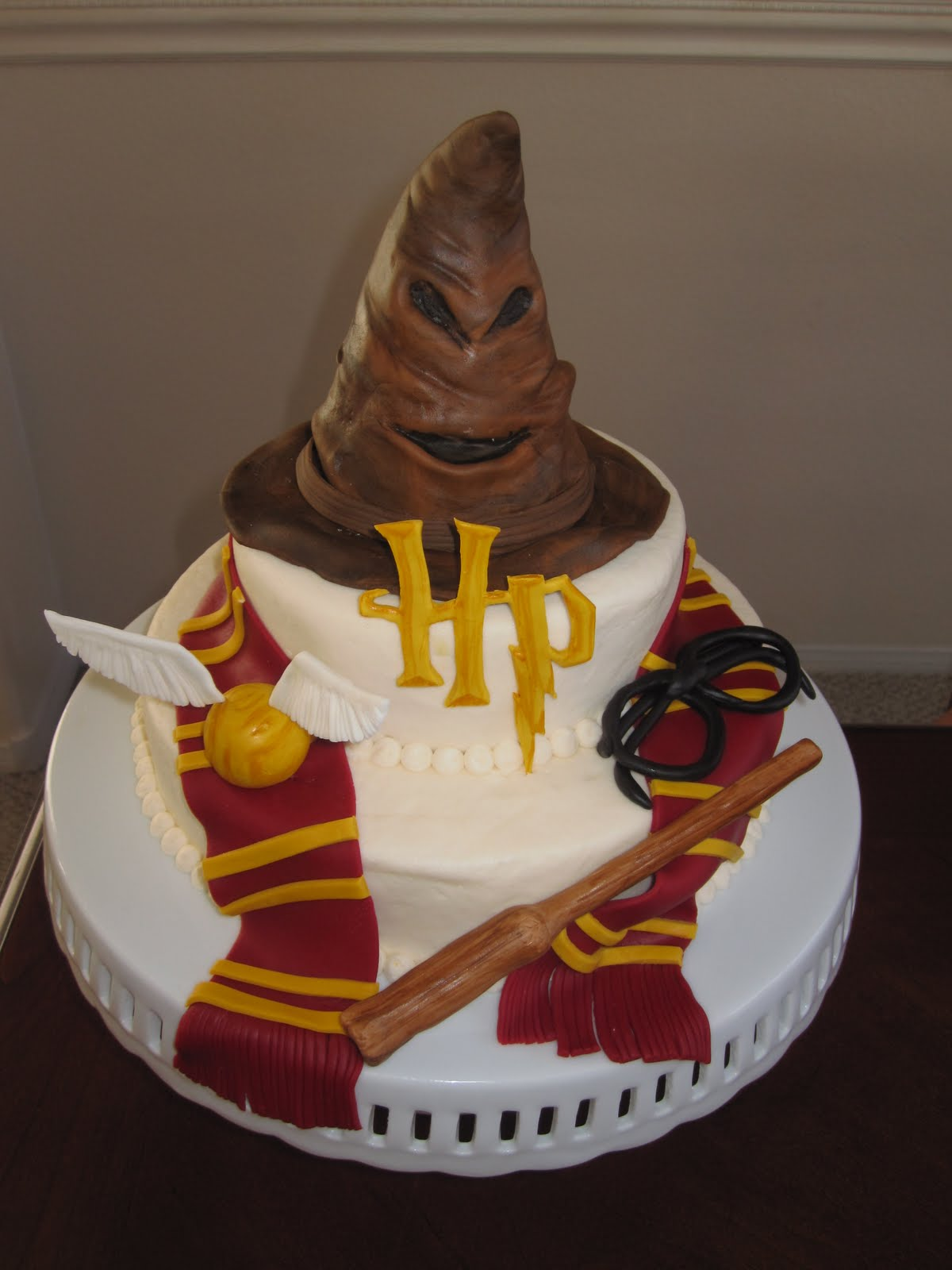 Tremendous Harry Potter Cakes Decoration Ideas Little Birthday Cakes Personalised Birthday Cards Paralily Jamesorg