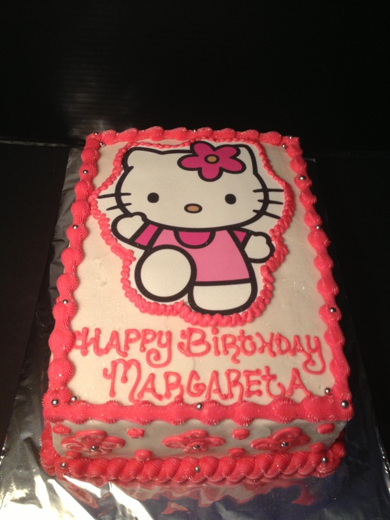 Hello Kitty Cookie Cake