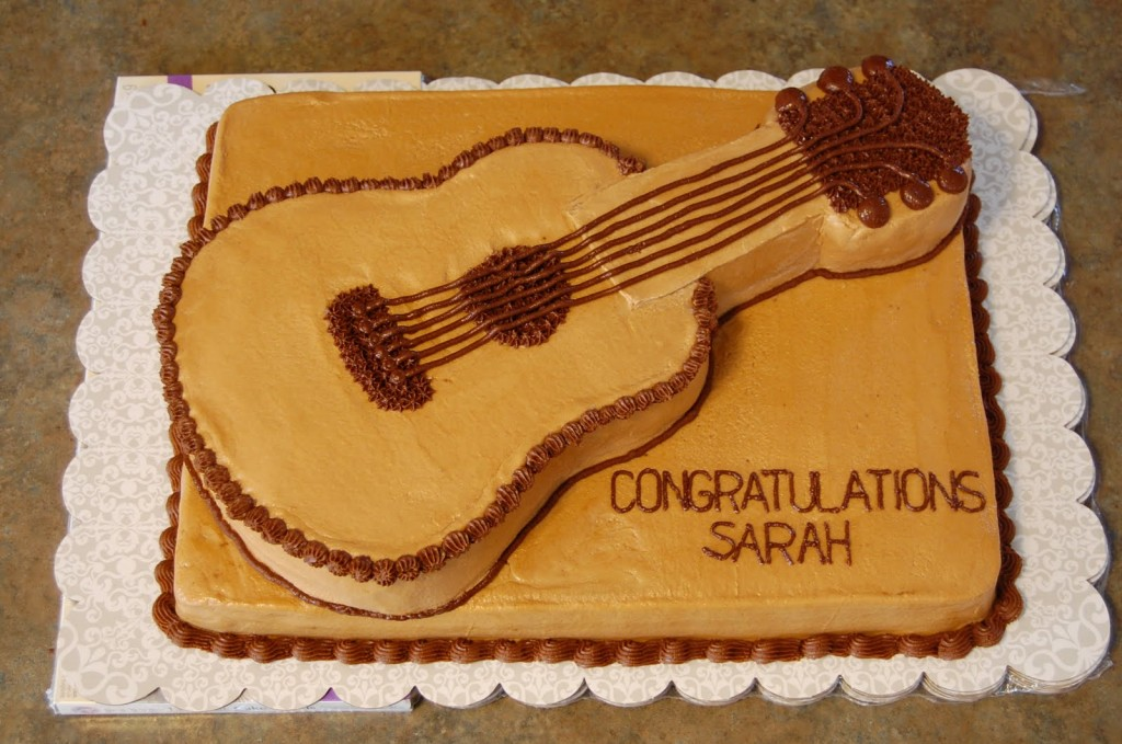Images of Guitar Cake