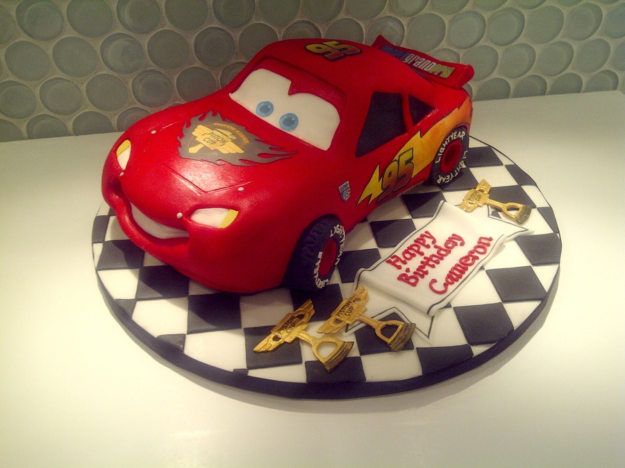 Images of Lightning Mcqueen Cakes