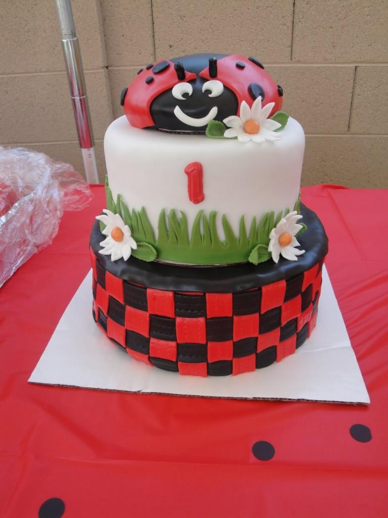 Ladybug Cakes Photos