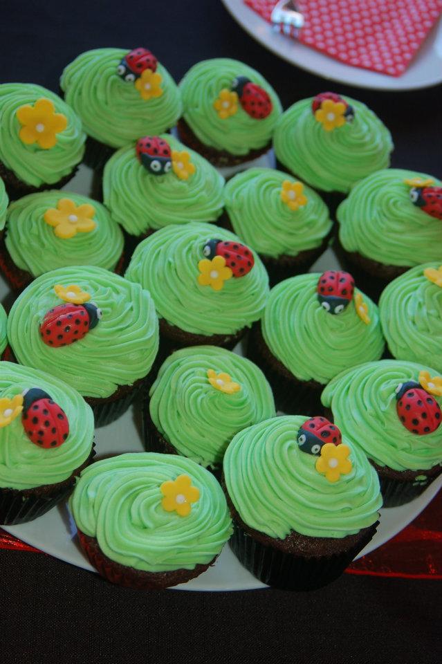 Ladybug Cupcake Cake