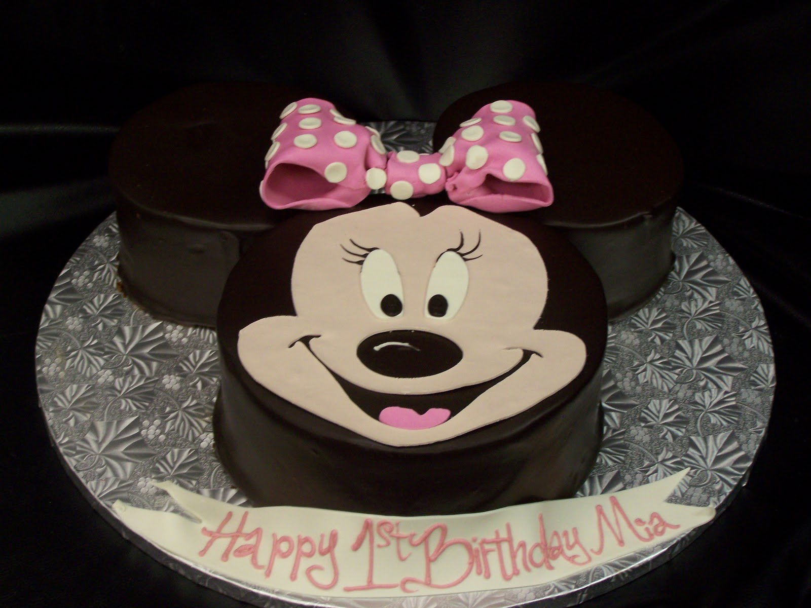 Phenomenal Minnie Mouse Cakes Decoration Ideas Little Birthday Cakes Personalised Birthday Cards Petedlily Jamesorg