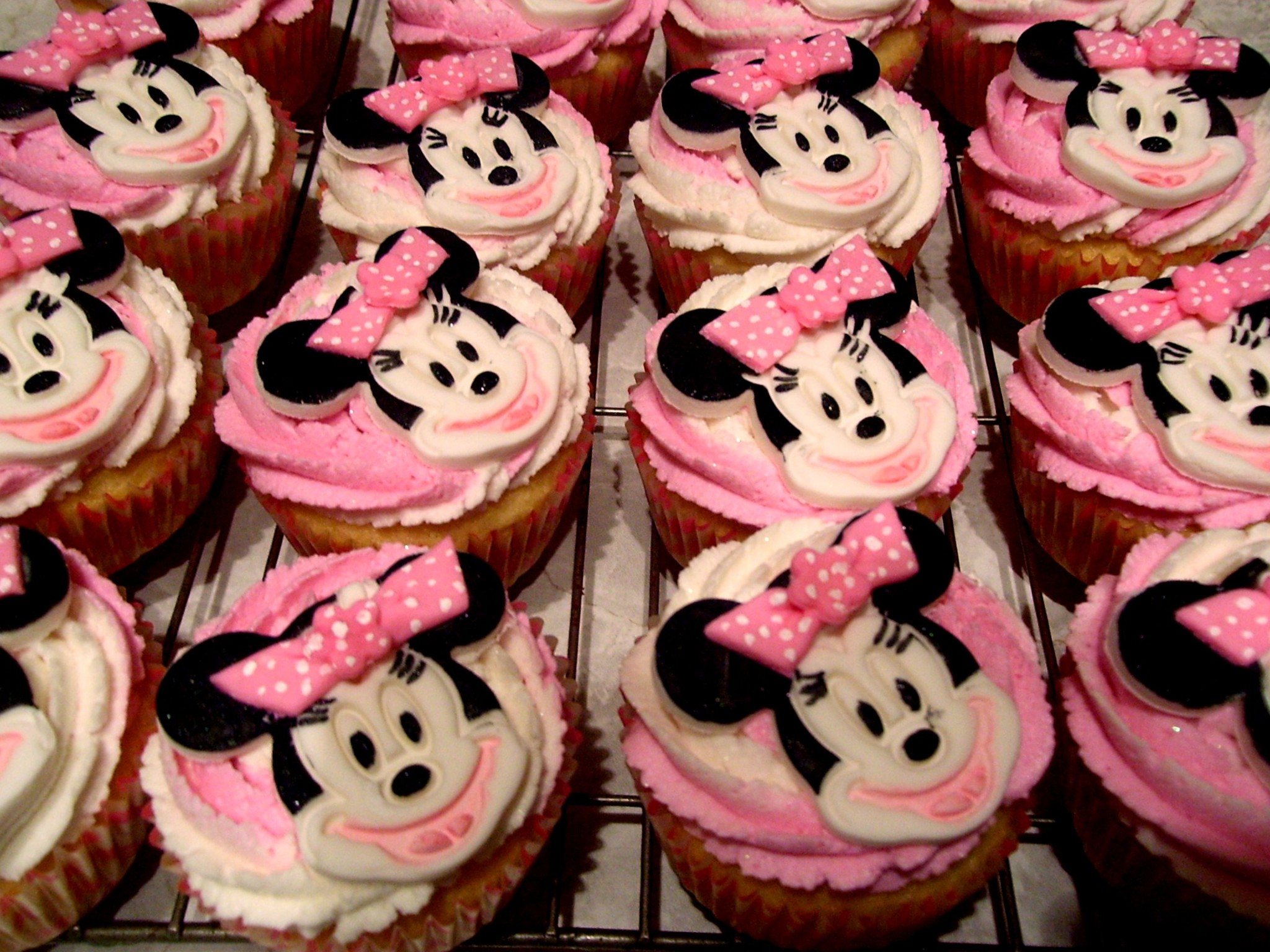 Amazing Minnie Mouse Cakes Decoration Ideas Little Birthday Cakes Birthday Cards Printable Trancafe Filternl