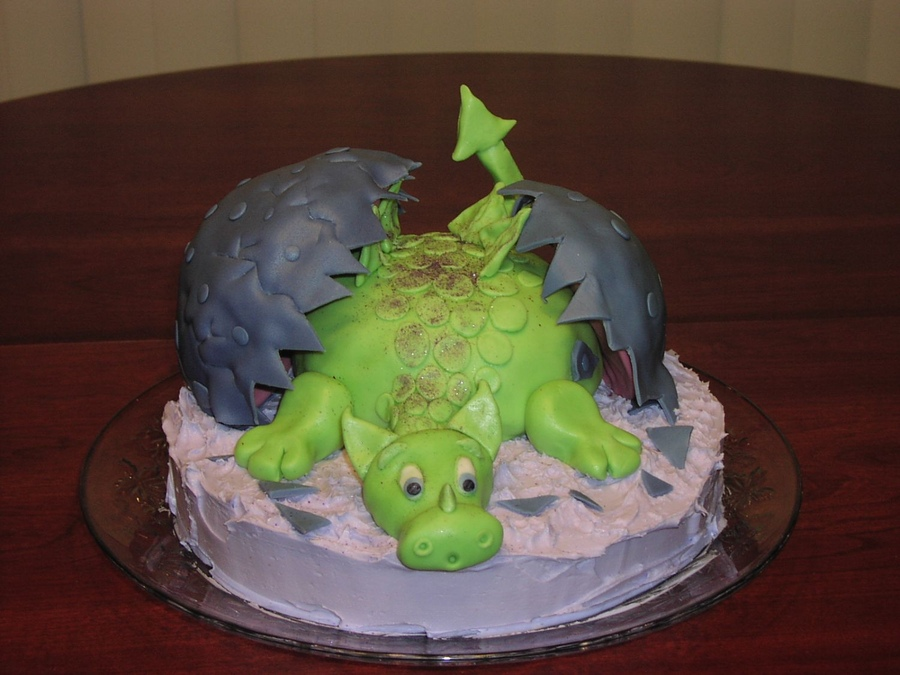 Photos of Dragon Cake