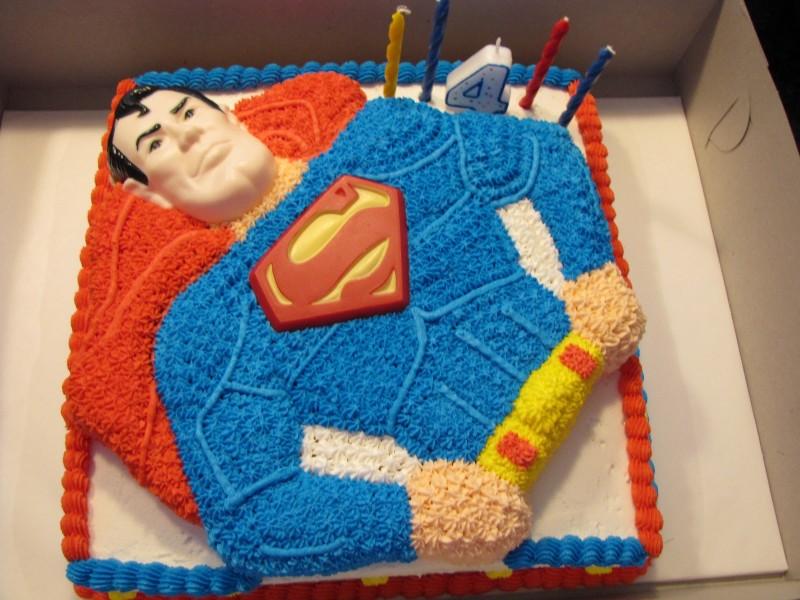 Photos of Superman Cakes