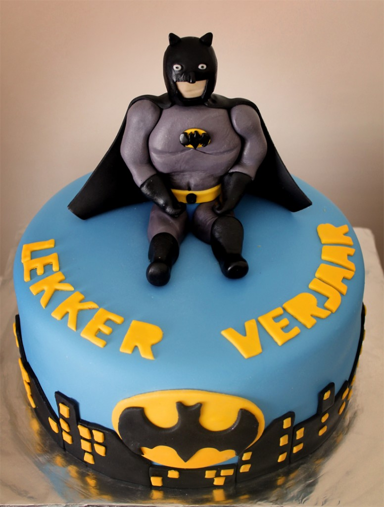 Pictures of Batman Birthday Cakes