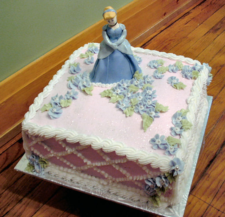 Pictures of Cinderella Cakes