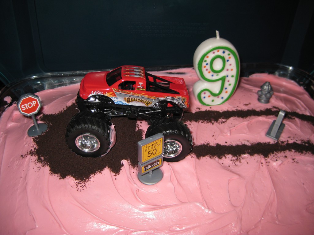 Pictures of Monster Truck Cake