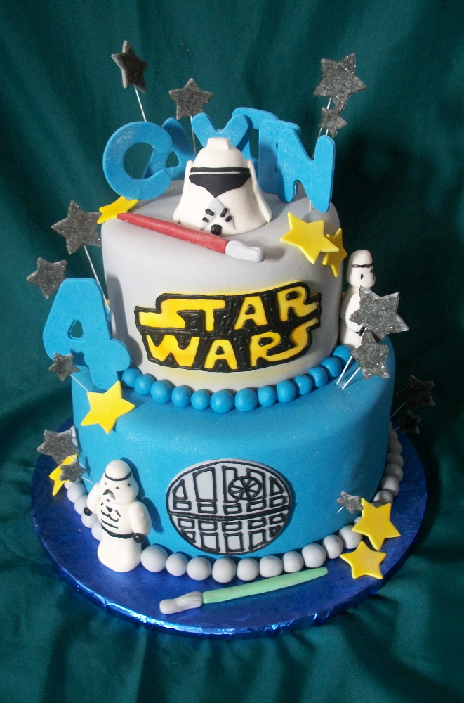 Pictures of Star Wars Cakes