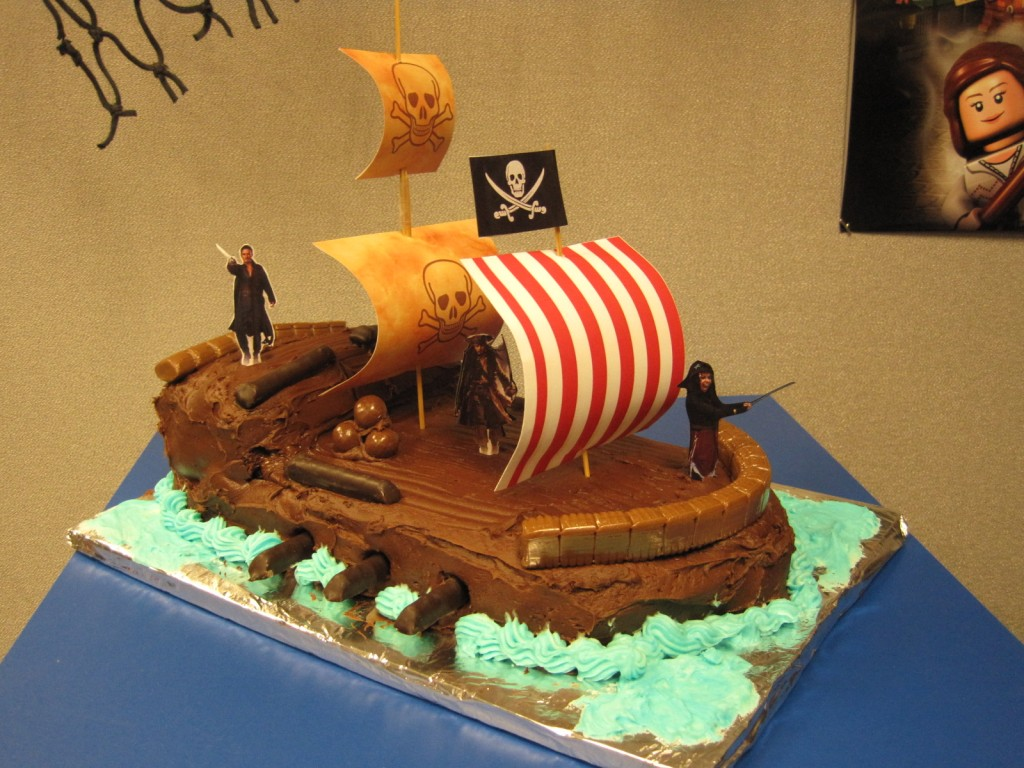 Pirate Ship Cakes