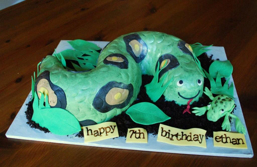 Snake Cake Design