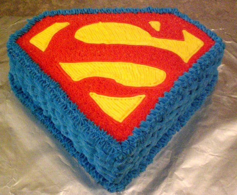 Superman Cakes Photos