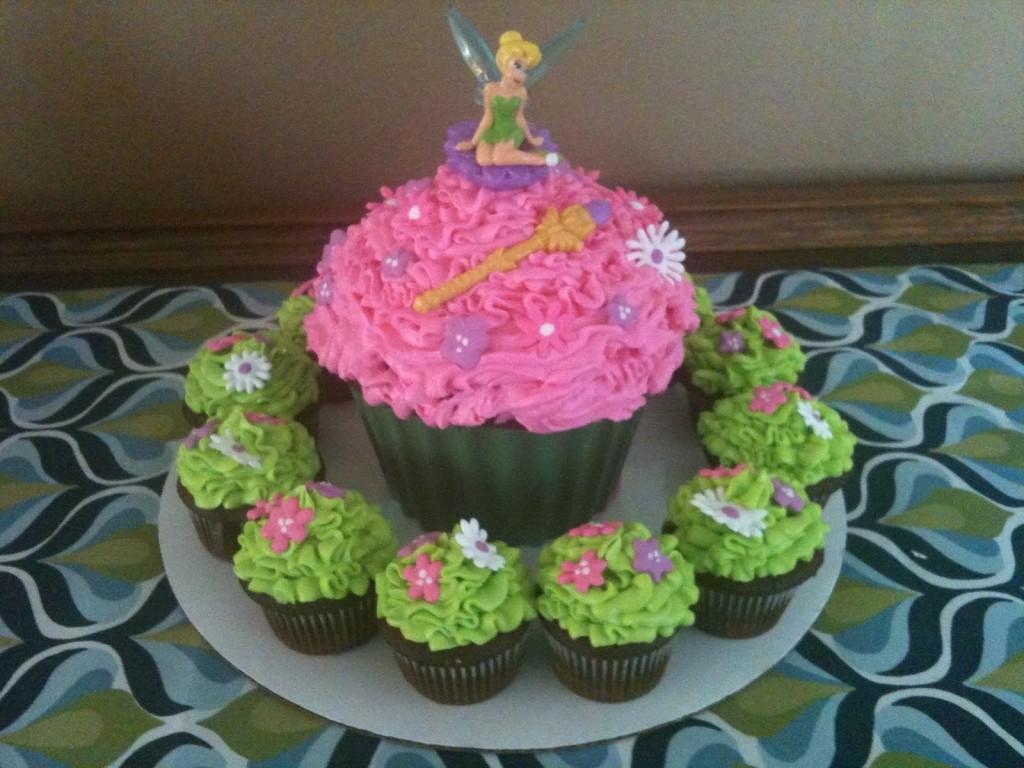 Tinkerbell Cupcake Cake