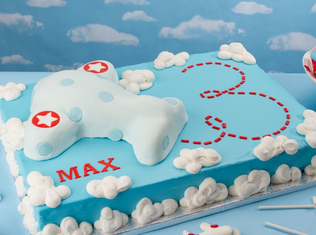 Airplane Cakes