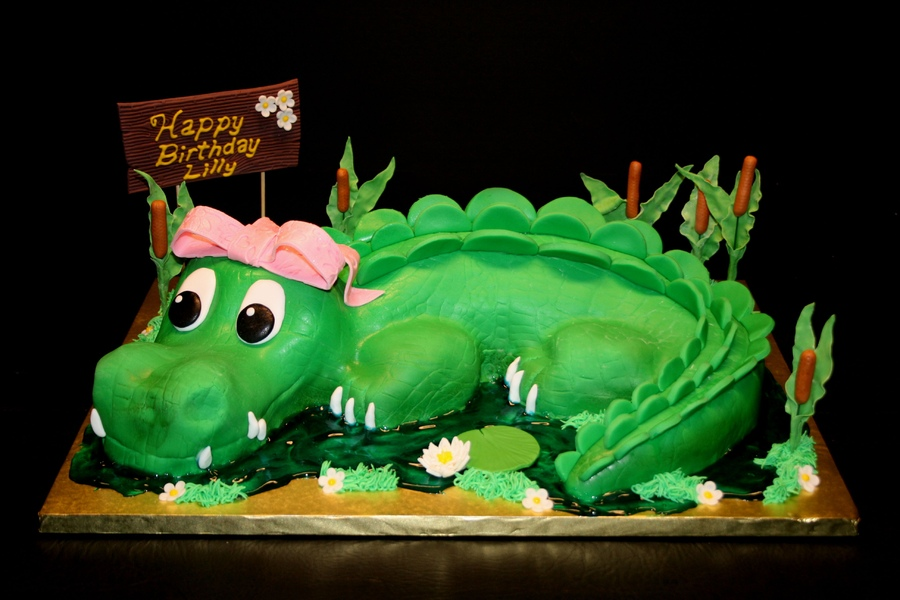 Alligator Cake Pictures
