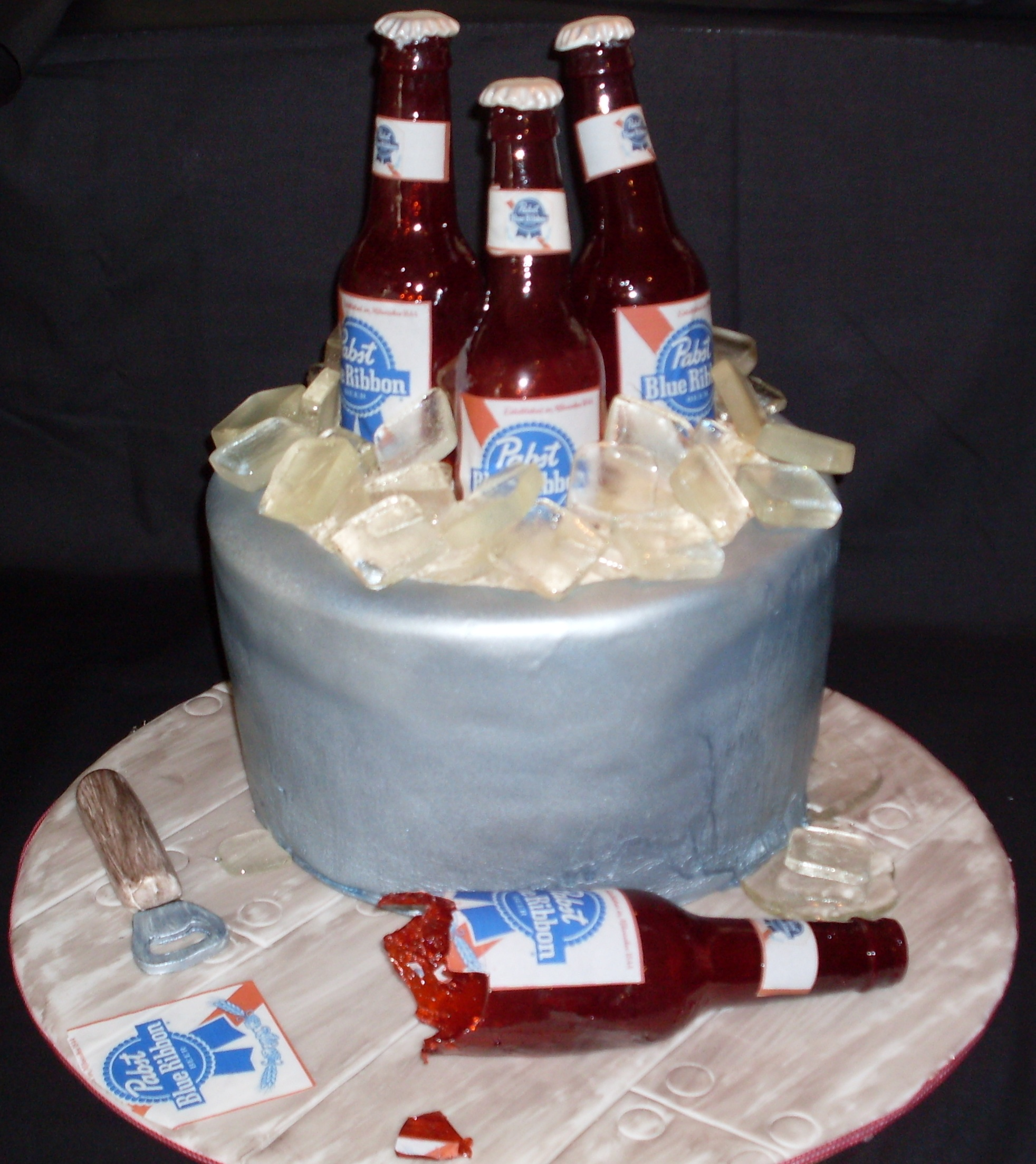 Swell Beer Bottle Cakes Decoration Ideas Little Birthday Cakes Personalised Birthday Cards Epsylily Jamesorg