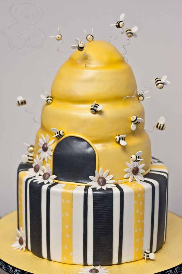Bumble Bee Cakes Images