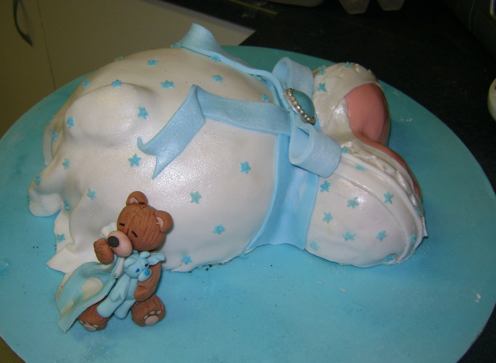 Images of Pregnant Belly Cakes