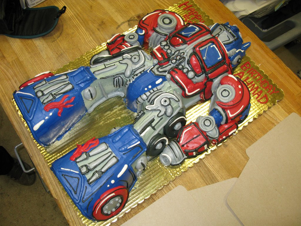 Optimus Prime Birthday Cake Pictures