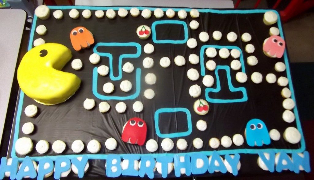 Pacman Birthday Cakes Images