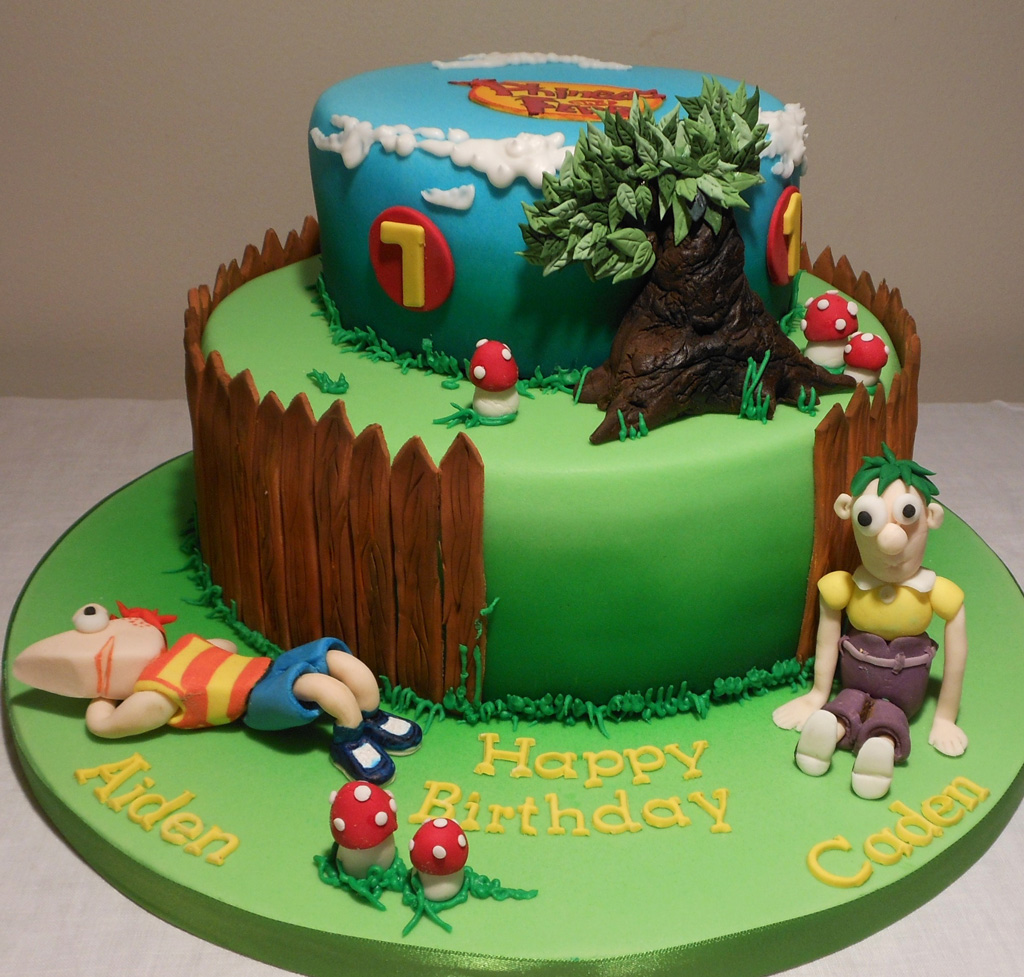 Images of Phineas and Ferb Cake Designs